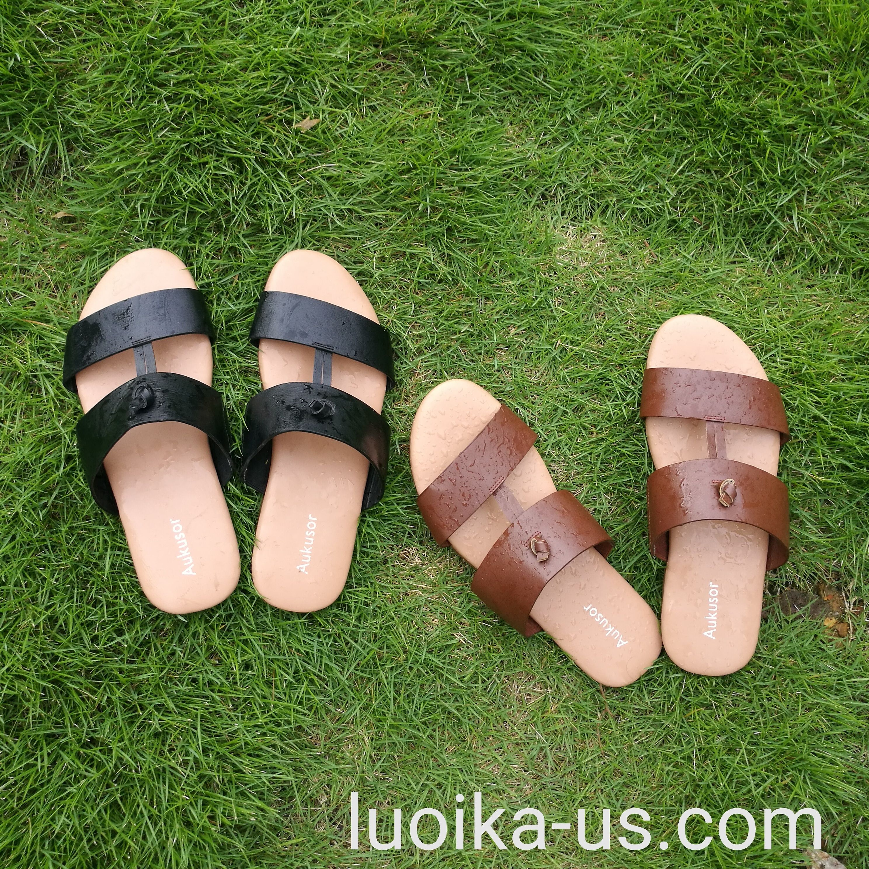 46a07ef73 Aukusor Women s Wide Flat Sandals - Slide Summer Shoes with Two Straps and Memory  Foam Insole