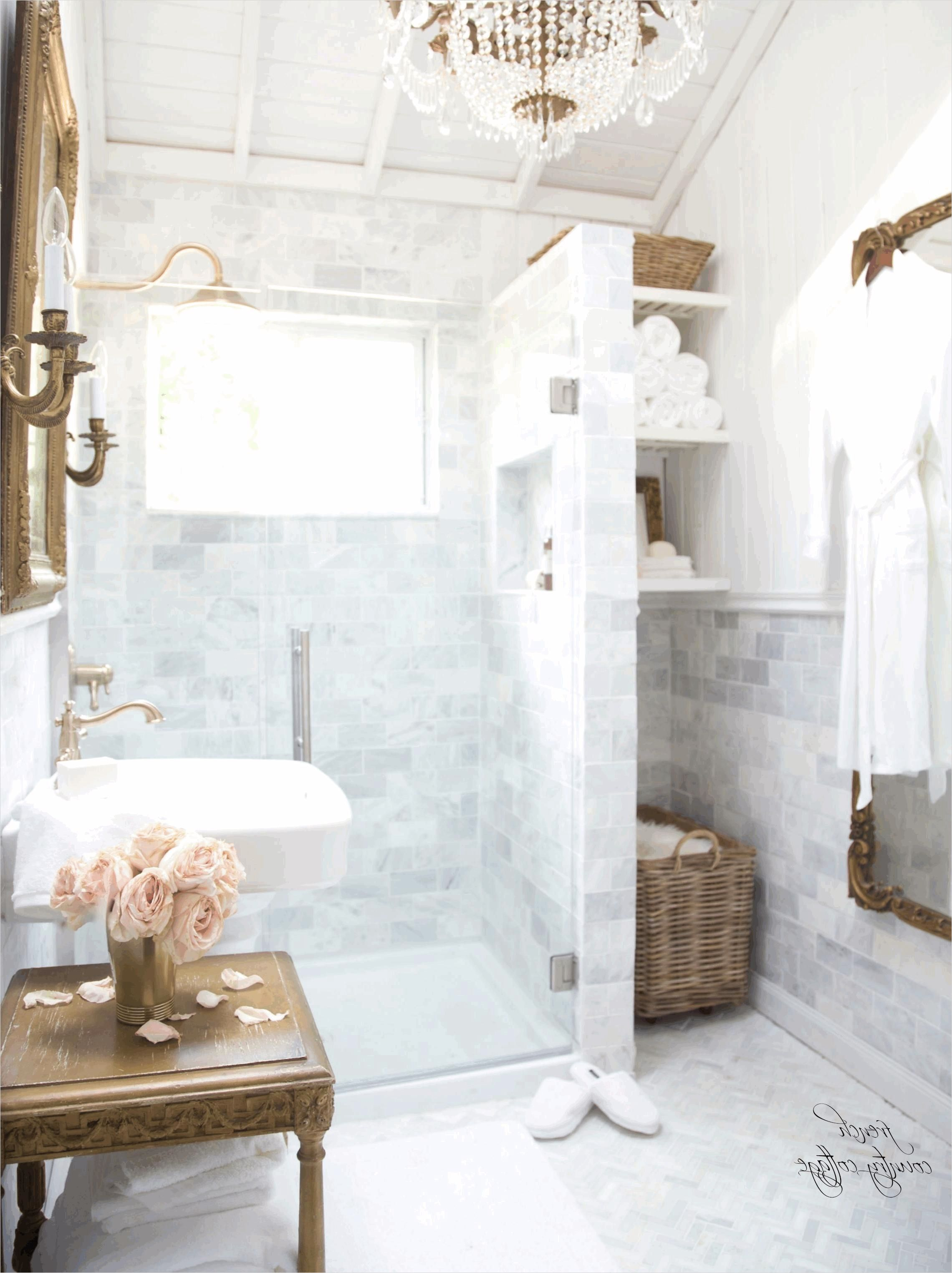 French Country Small Bathroom 12 In 2020 With Images Country