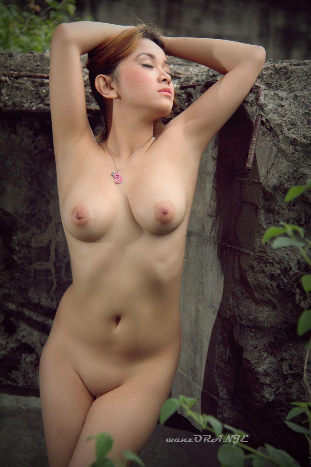 Woman gets virgin anal punishment xxx