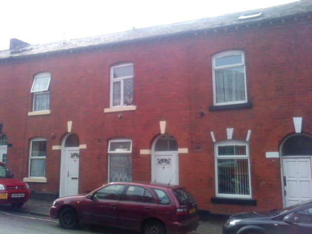 2 bedroom house to rent in manchester no deposit strategy blackjack switch