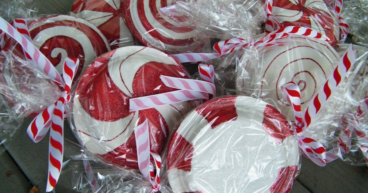 say that fast 3 times. last year when i posted pictures of these paper plate : candy cane paper plates - pezcame.com