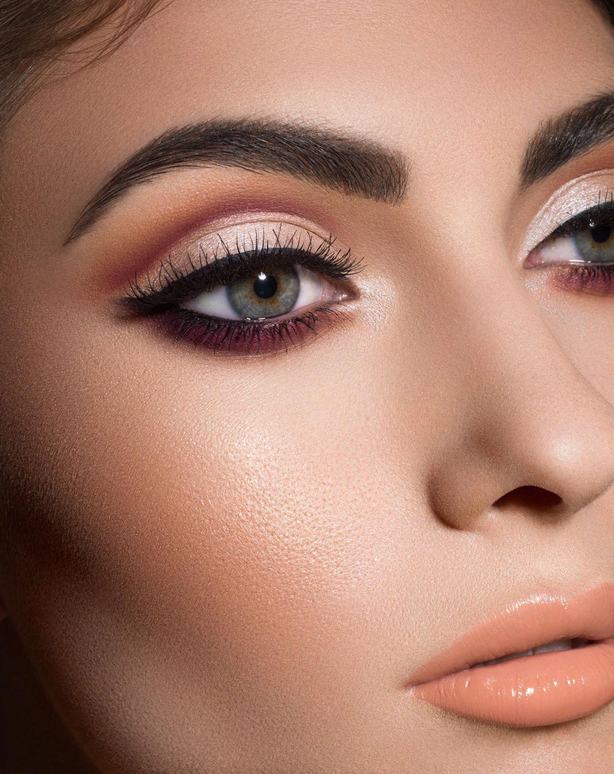 maquiagem black pink in 2020 | Renaissance eyeshadow ...