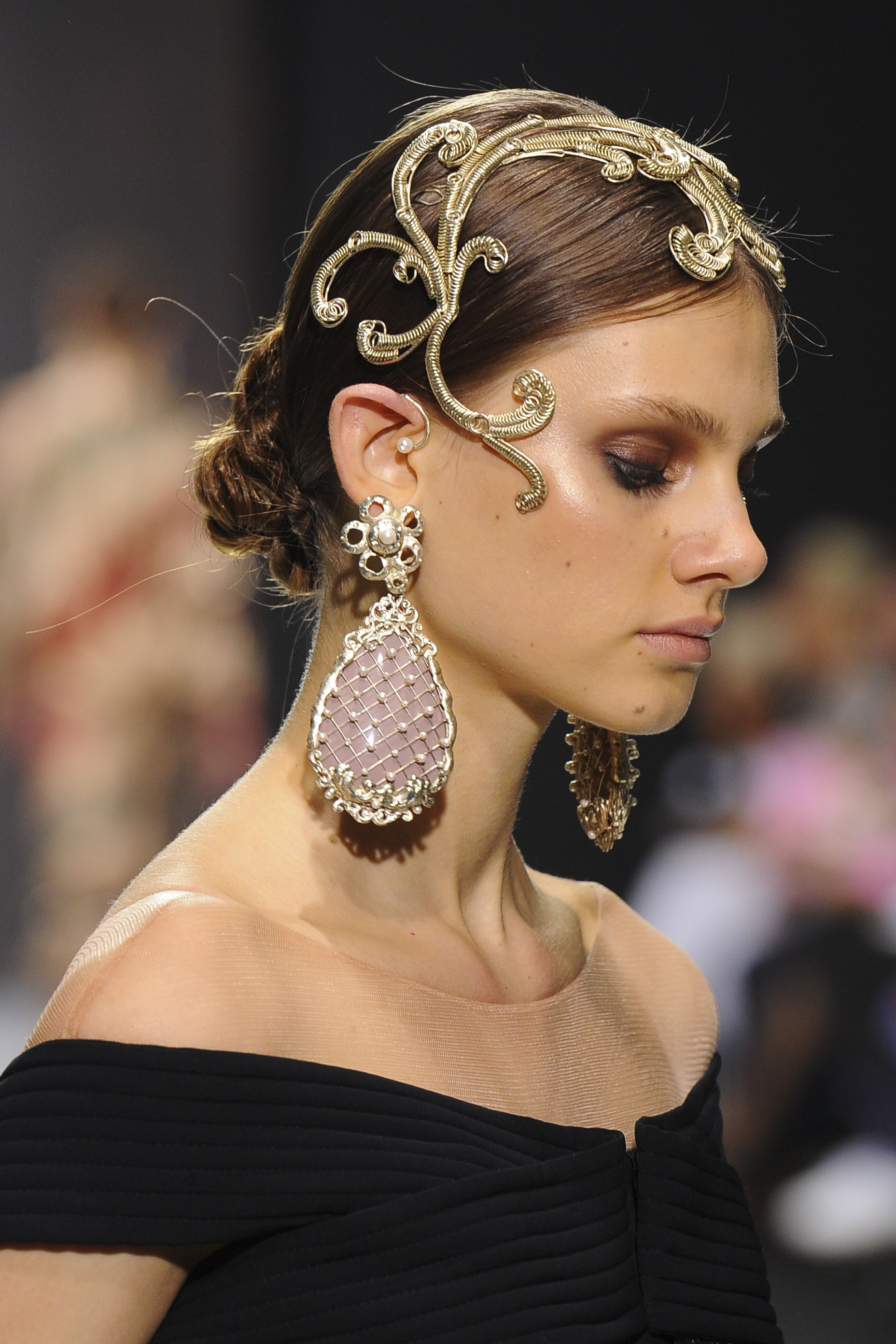 Pin by Ann on biubiubiu Haute couture jewelry, Headpiece