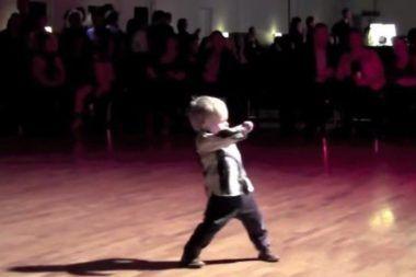 Nie Uwierzysz Co Twoje Uszy Mowia O Tobie Sprawdz Kids Dance Funny Kids You Funny
