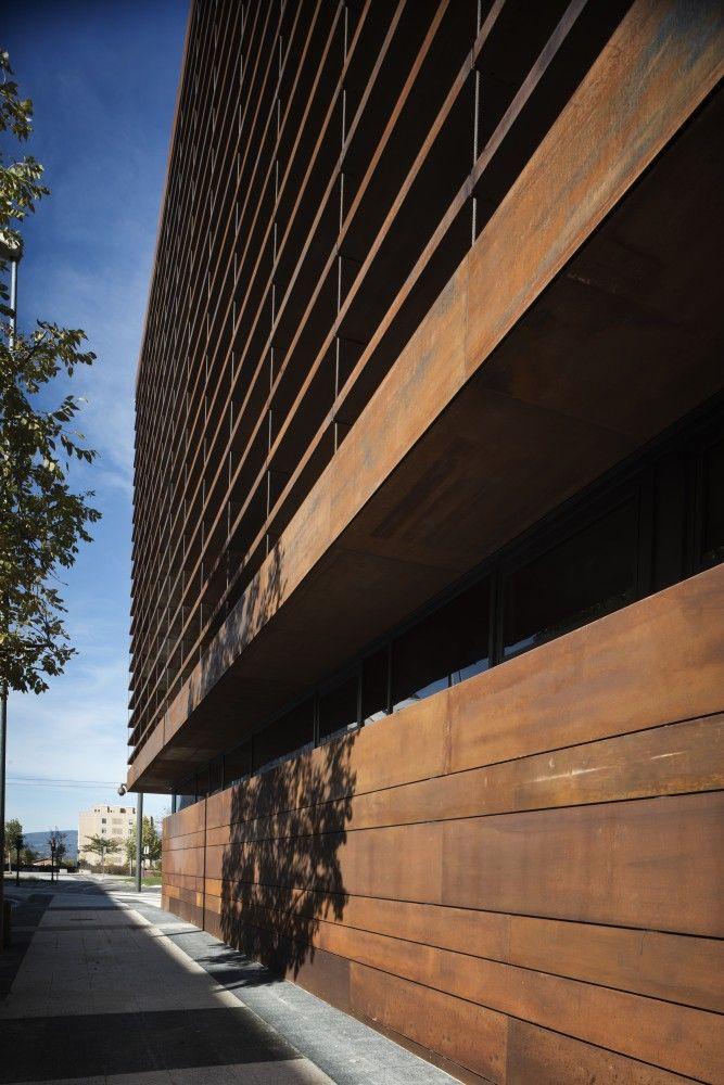 Galer a de edificio de oficinas en vitoria lh14 arquitectos 12 fachadas pinterest - Arquitectos en vitoria ...
