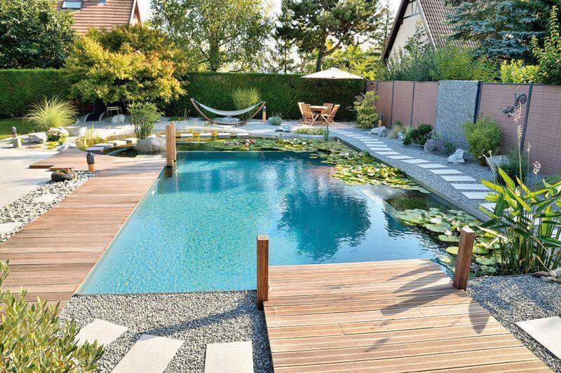 Schwimmteich Selber Bauen 13 Marchenhafte Gestaltungsideen Garten Pooldesign Zenideen Swimming Pond Diy Swimming Pool Pool Decor