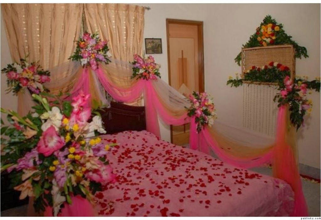 How Will Decorate To Bedroom For Groom And Bride On Wedding Wedding Room Decorations Wedding Night Room Decorations Bedroom Decoration Images