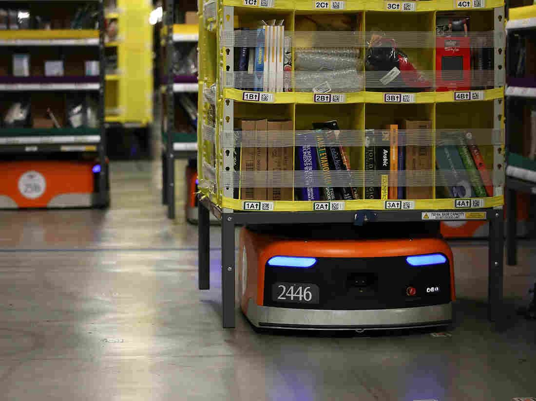 Online Retail Boom Means More Warehouse Workers And Robots To Accompany Them Warehouse Worker Robot Online Retail