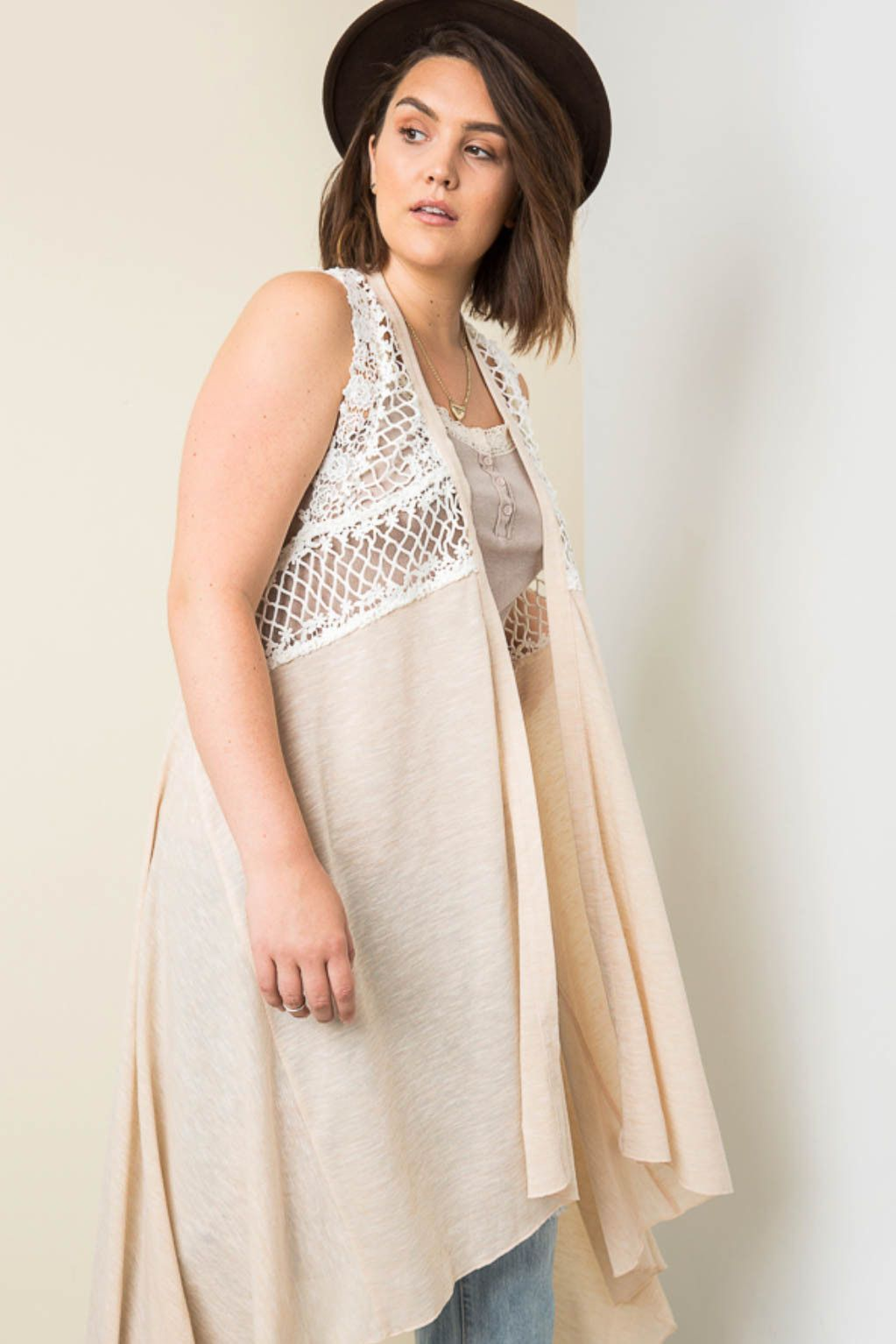 Sleeveless Lace Trim Duster