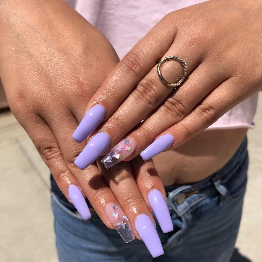 Valentinobeautypure Butterflynails Butterflies Purpleacrylicnails Purplenails Clearnails Lavender Lilac Nails Purple Acrylic Nails Lavender Nails