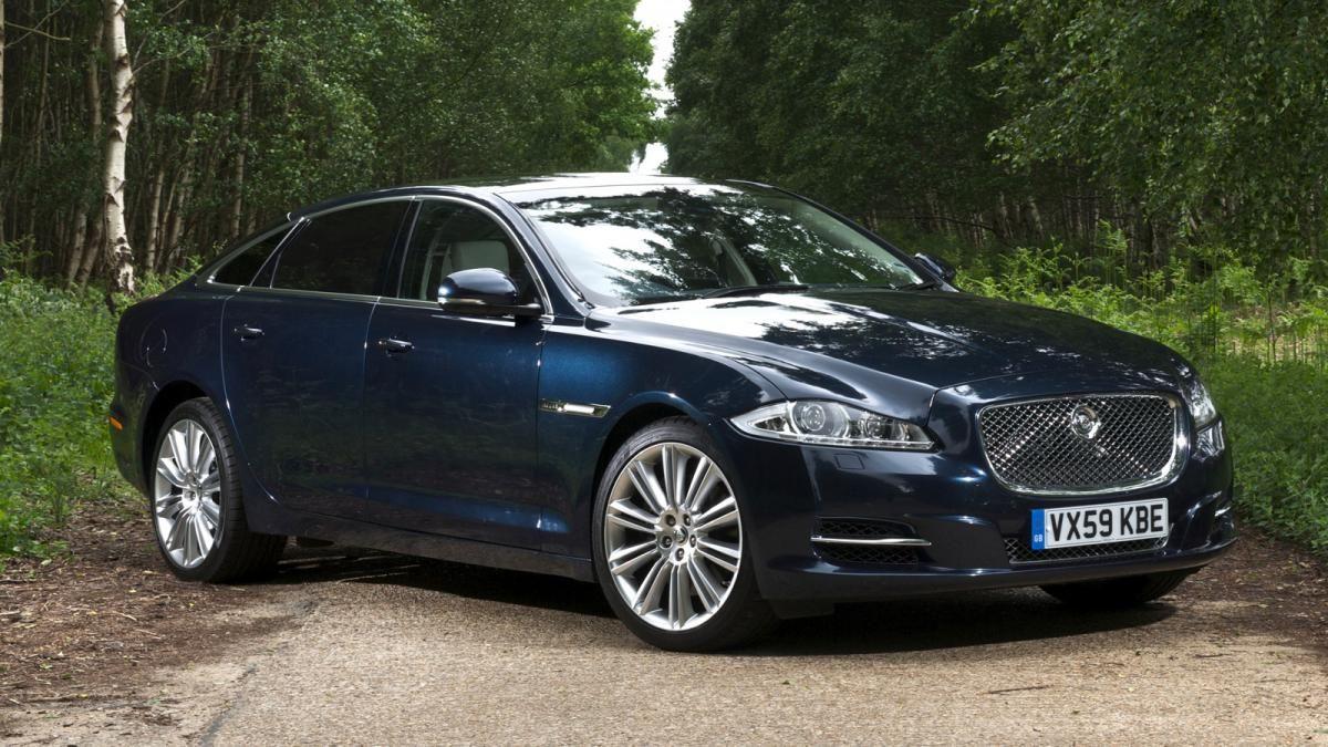 i awd price packs news of performance miles suv pace roadshow jaguar electric promo range