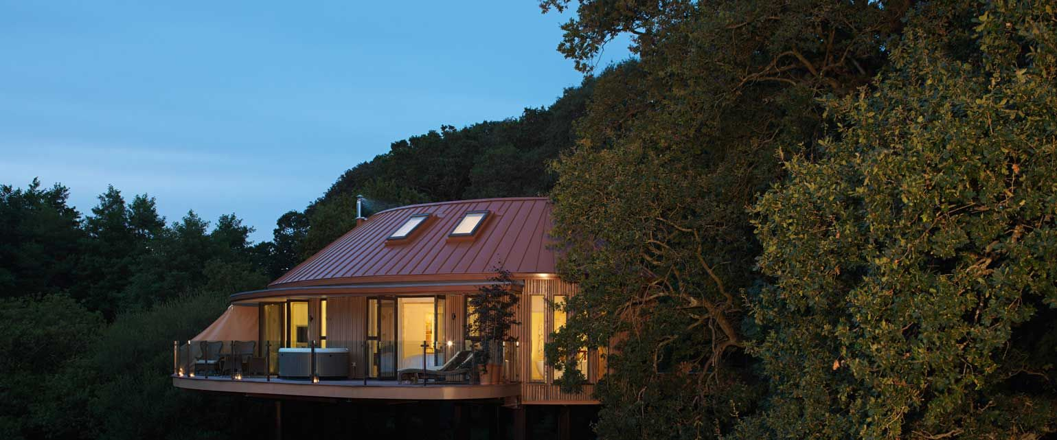 Luxury Tree House Accommodation In The New Forest Of Hampshire At Chewton Glen For A Relaxing Holiday