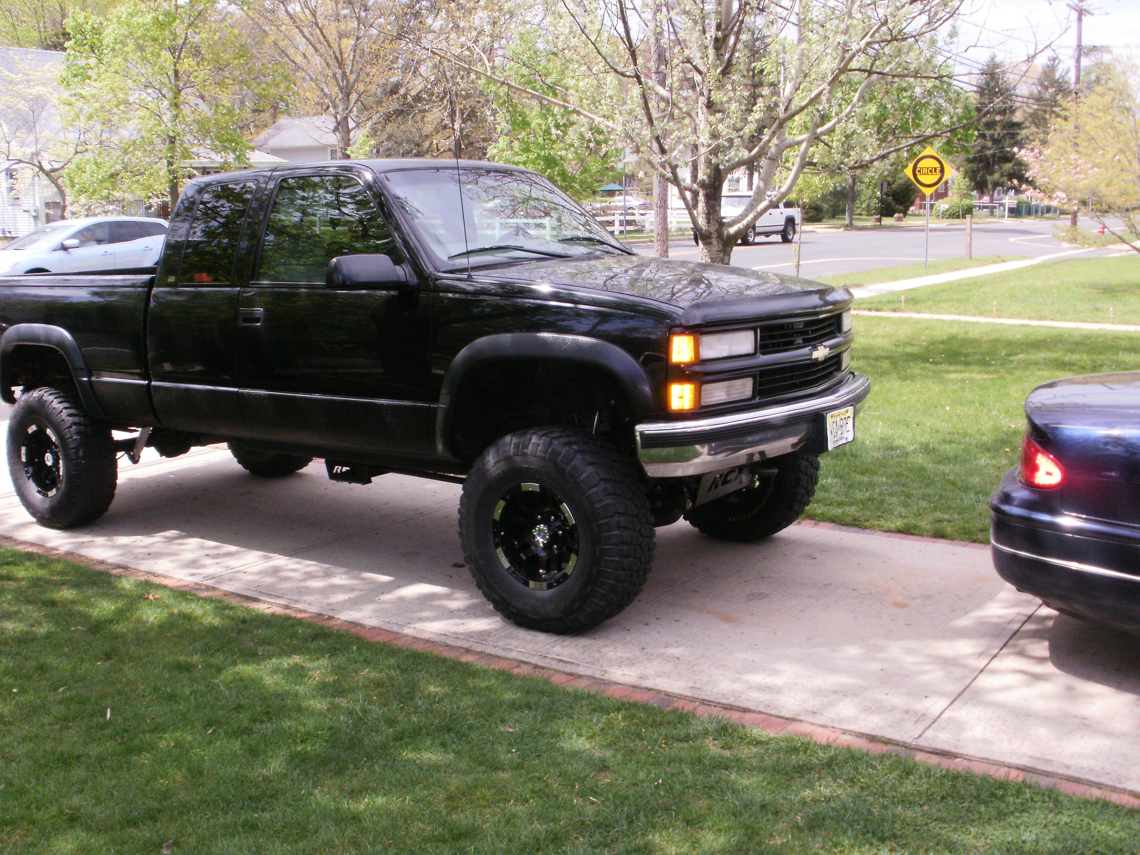 Chevy 20silverado 20lifted Images On Lifted Trucks Chevy Lift Kits Lifted Chevy Trucks