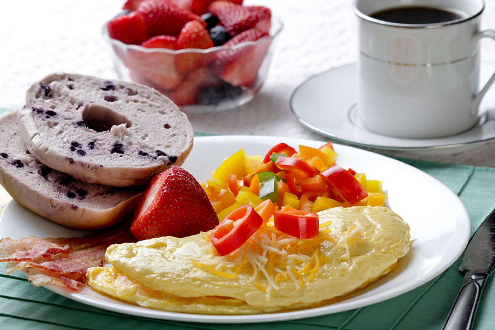 Prepara un desayuno en la cama para comenzar el dia for Cama sandwich