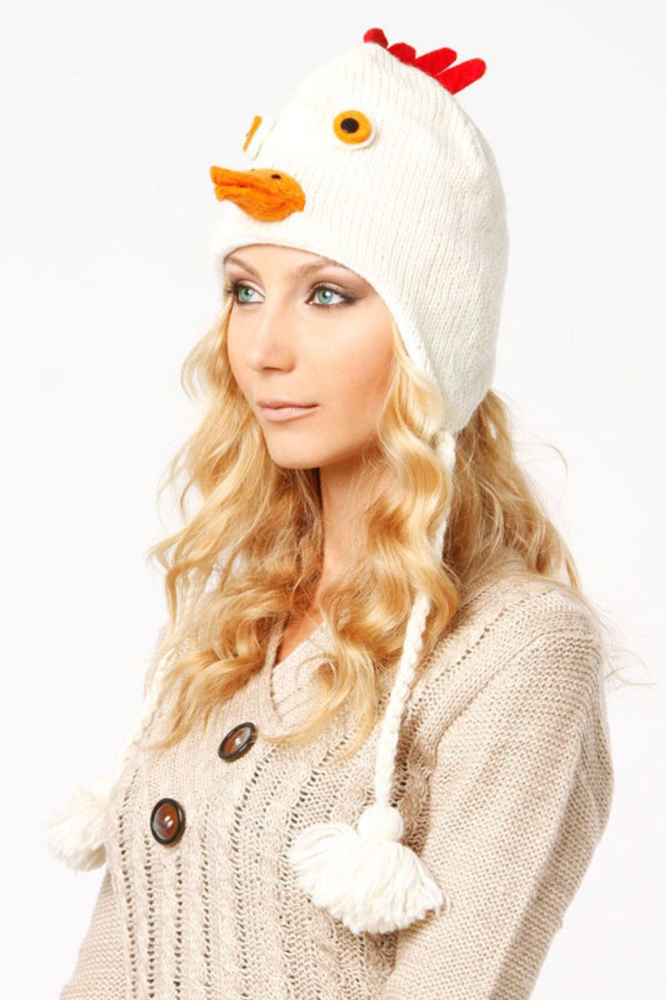 Violet Del Mar Chicken Hat In White 14.99 usd