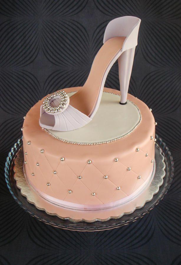 Shoe cake - Cake by Sweetpopie cakes