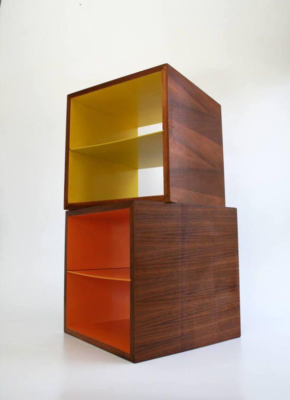 Milieu du siècle noyer Cube Orange fin Table bureau rangement
