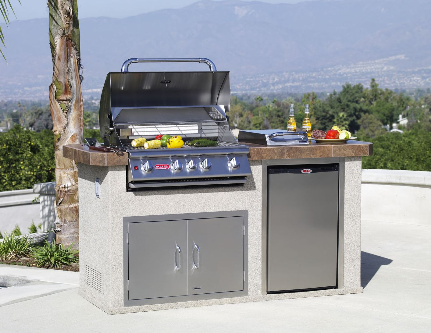 Power Q Outdoor Island Kitchen Standard Features Include Angus Bbq Stainless Steel 4 Burner Grill Stucc Diy Countertops Countertops Tile Countertops Kitchen