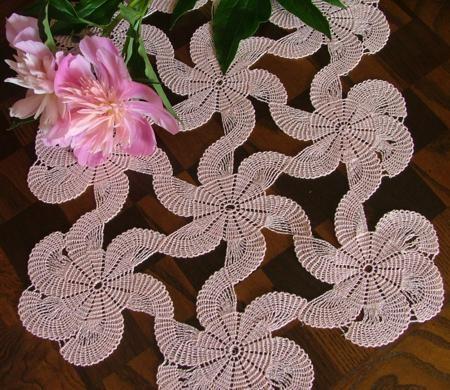 Advanced Embroidery Designs. FSL Crochet Swirl Doily. | CROCHET ...