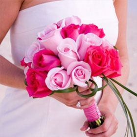 Beautiful Royal Bridesmaid Rose Bouquets With Dark Pink And Light