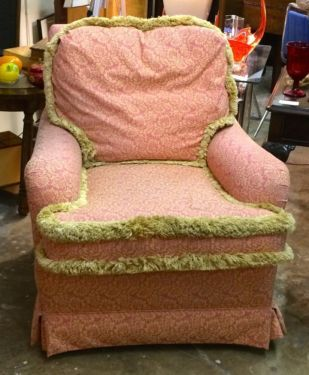 Down Filled Chair Great Shabby Chic Look With Fringe $285 Dealer #282 Lula  Bu0027s 1010