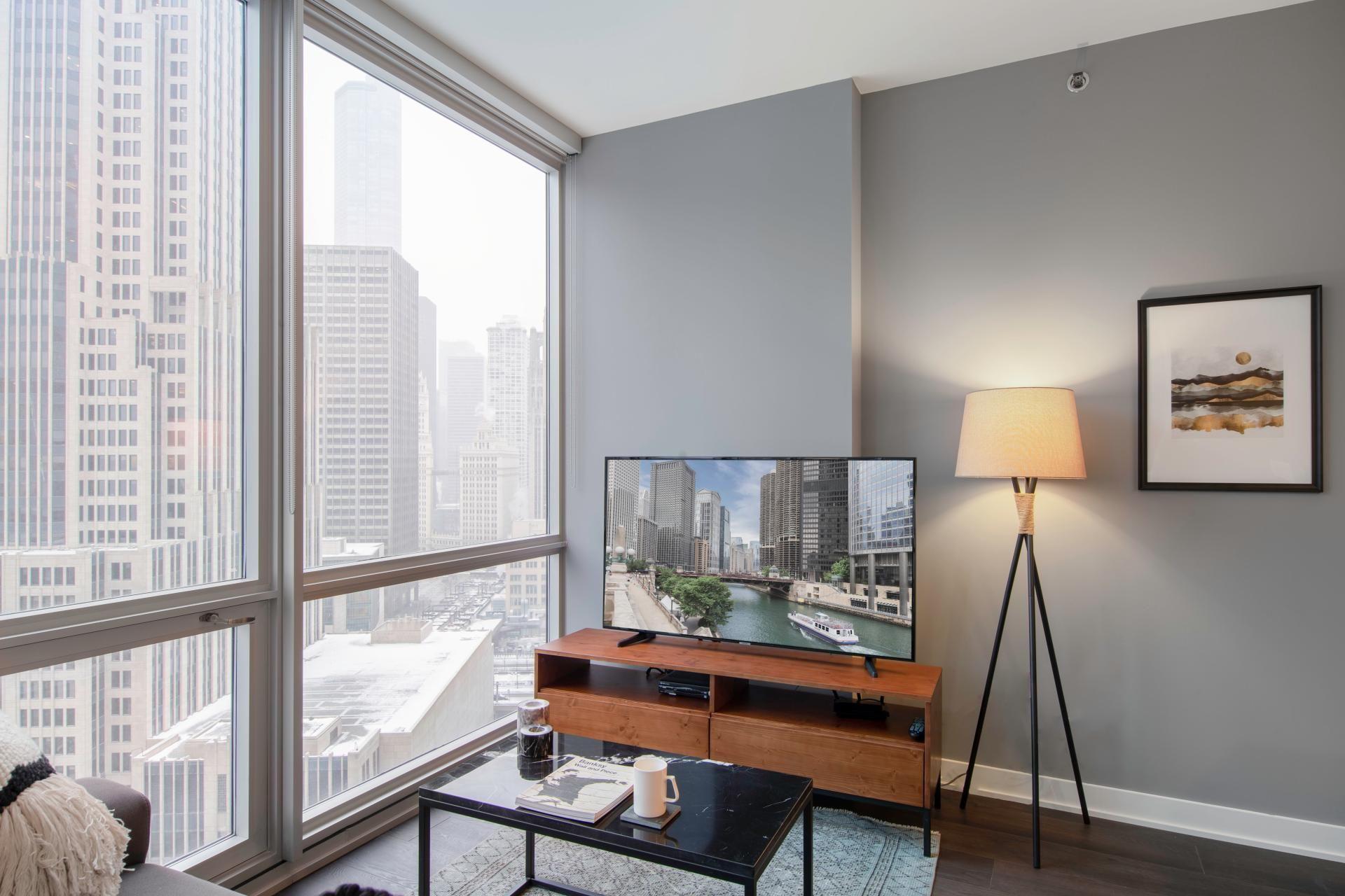 Views Of Chicago S Willis Tower 1bedroom Apartment For Rent In Chicago Apartment Deco Chic Apartment Decor Elegant Apartment Decor