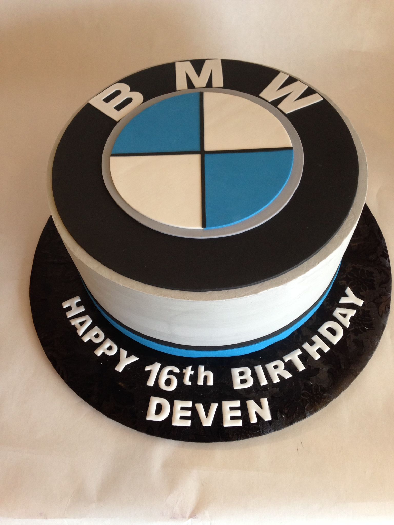 Birthday Cake Bmw Emblem Car 16th Birthday Fondant Auto