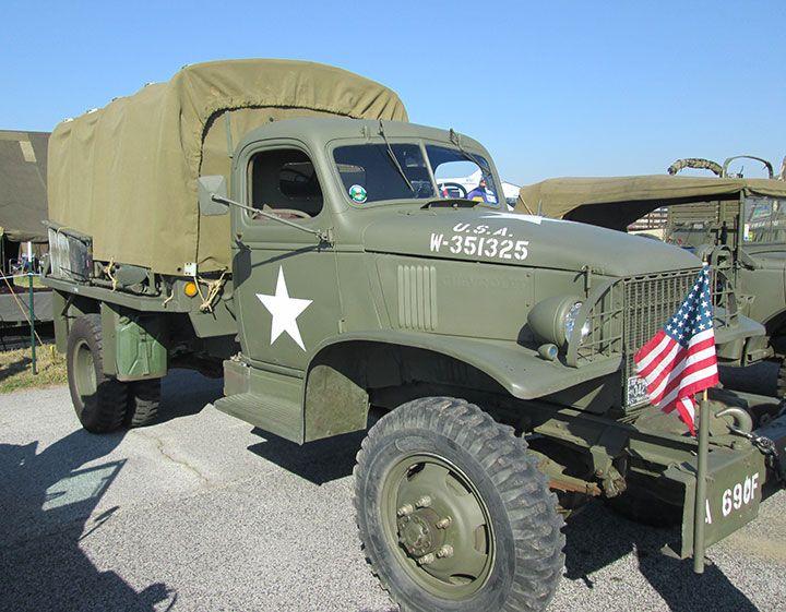 A Chevrolet 1 5 Ton Truck Motorized Vehicles Cars