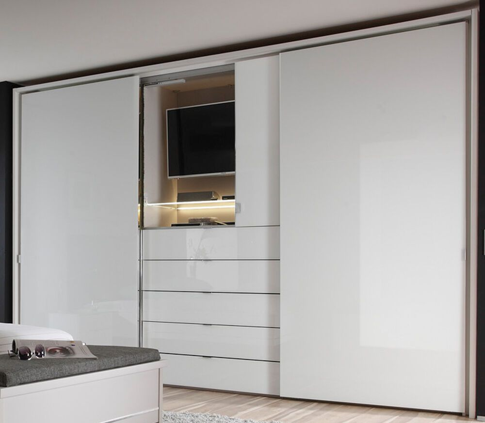 Staud Media Schwebeturenschrank Kleiderschrank Mit Tv Aussparung Weiss 280 Cm Gesch In 2020 Bedroom Built In Wardrobe Wardrobe Interior Design Bedroom Cupboard Designs