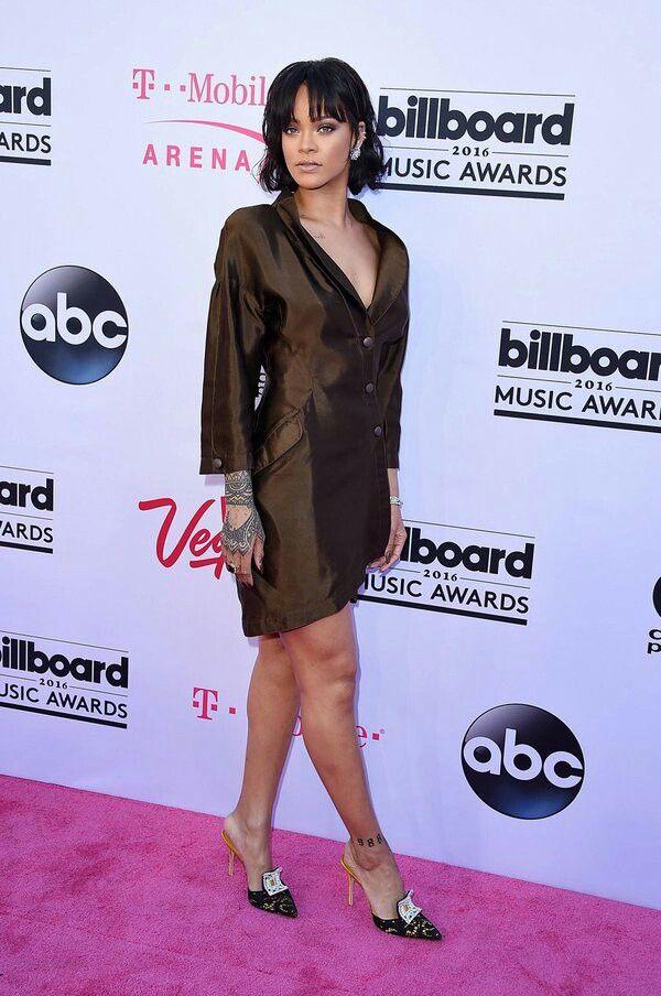 Pin by destini dunning on rihanna | Rihanna, Fashion ...