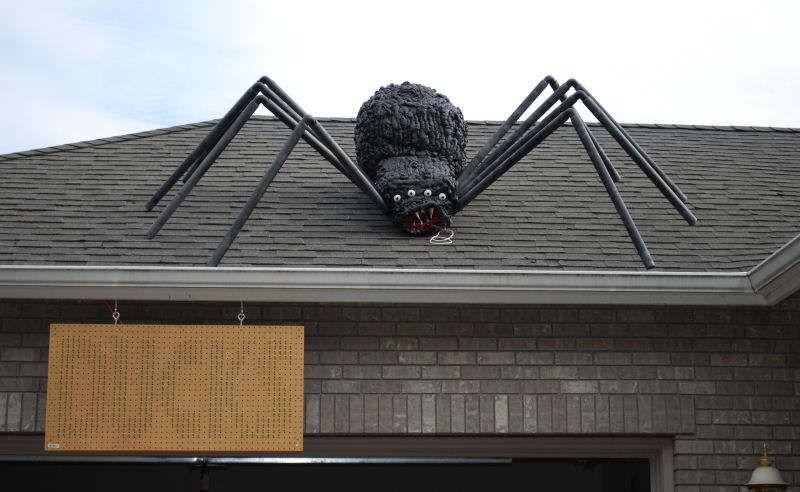 Giant Halloween Spider Halloween Spider Decorations Diy Halloween Spider Halloween Spider