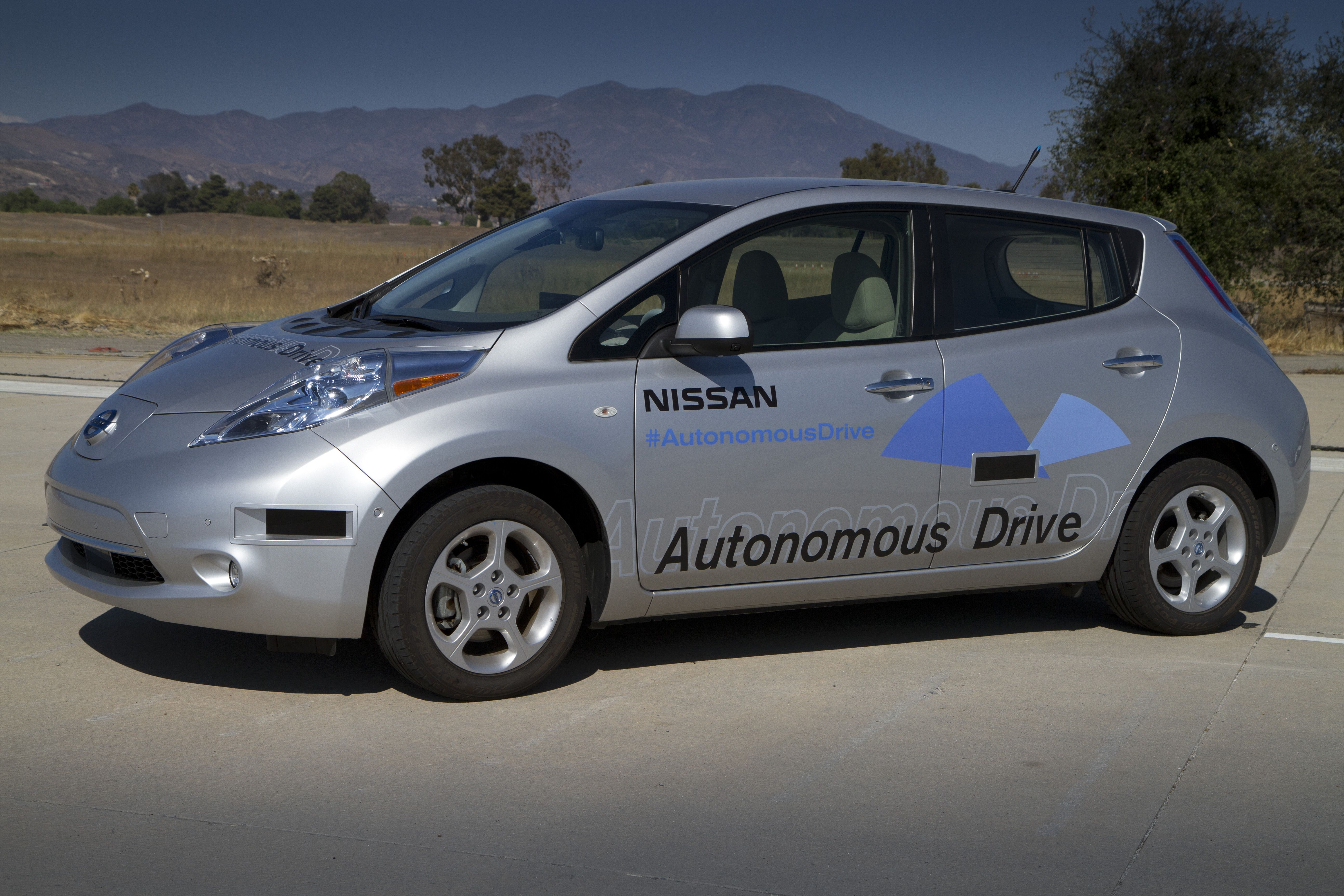 #Nissan will introduce first ever self driving car, #AutonomousCar by year 2020. Now motorists can give their cars computer a free hand to drive the car.