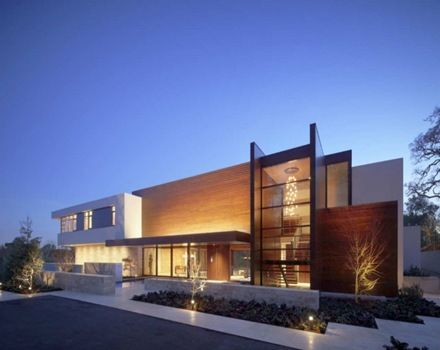 Casa oz fachada contempor nea con madera caoba for Arquitectura contemporanea casas