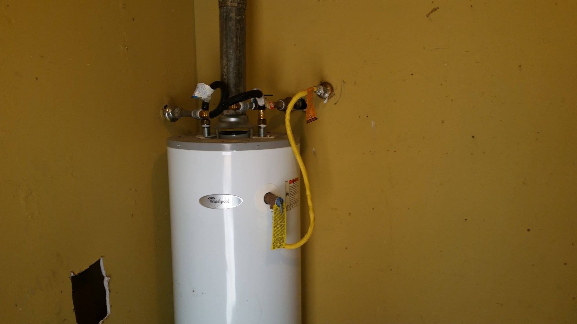 What The Heck Somebody Used A Yellow Gas Line To Connect The Drain From The T P On The Water Heater There Are Other Is Hvac Humor Plumbing Home Inspection