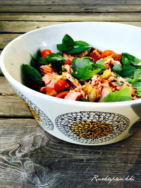 Ruokapankki: Lohi-panzanellasalaatti