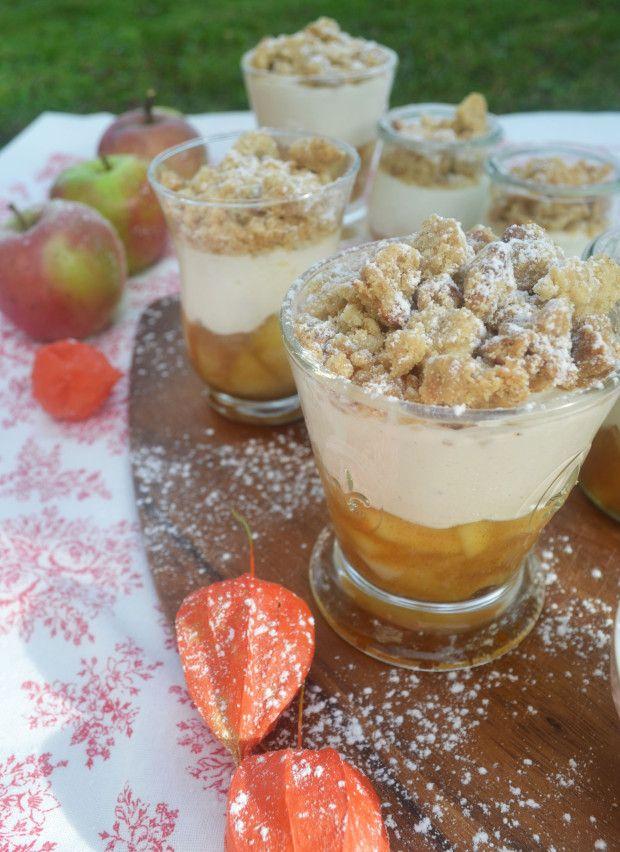 Wir löffeln den Herbst! Apfel in einem Glas zerbröckeln   – Nachtisch