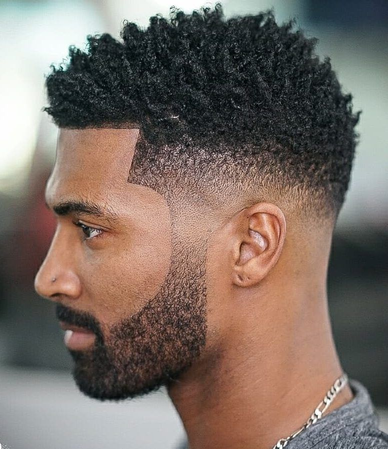 Sponge Curls Mid Fade Men S Haircuts Coupe Cheveux Afro Homme Coupe Cheveux Homme Cheveux Afro Homme