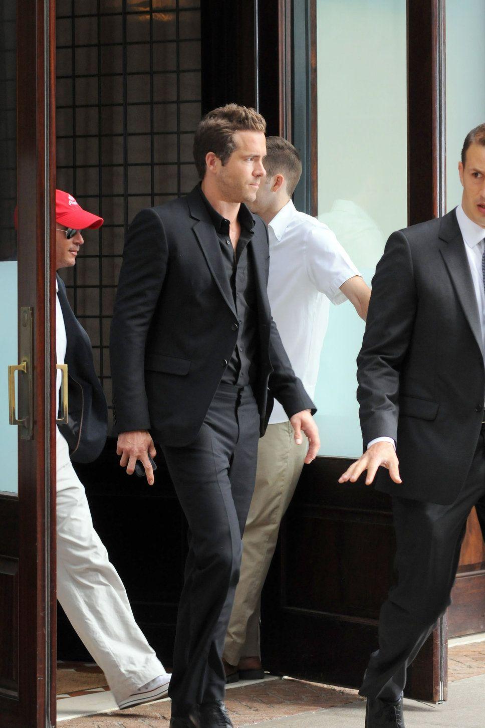 Ryan Reynolds black jacket black pants black shirt blake lively ...