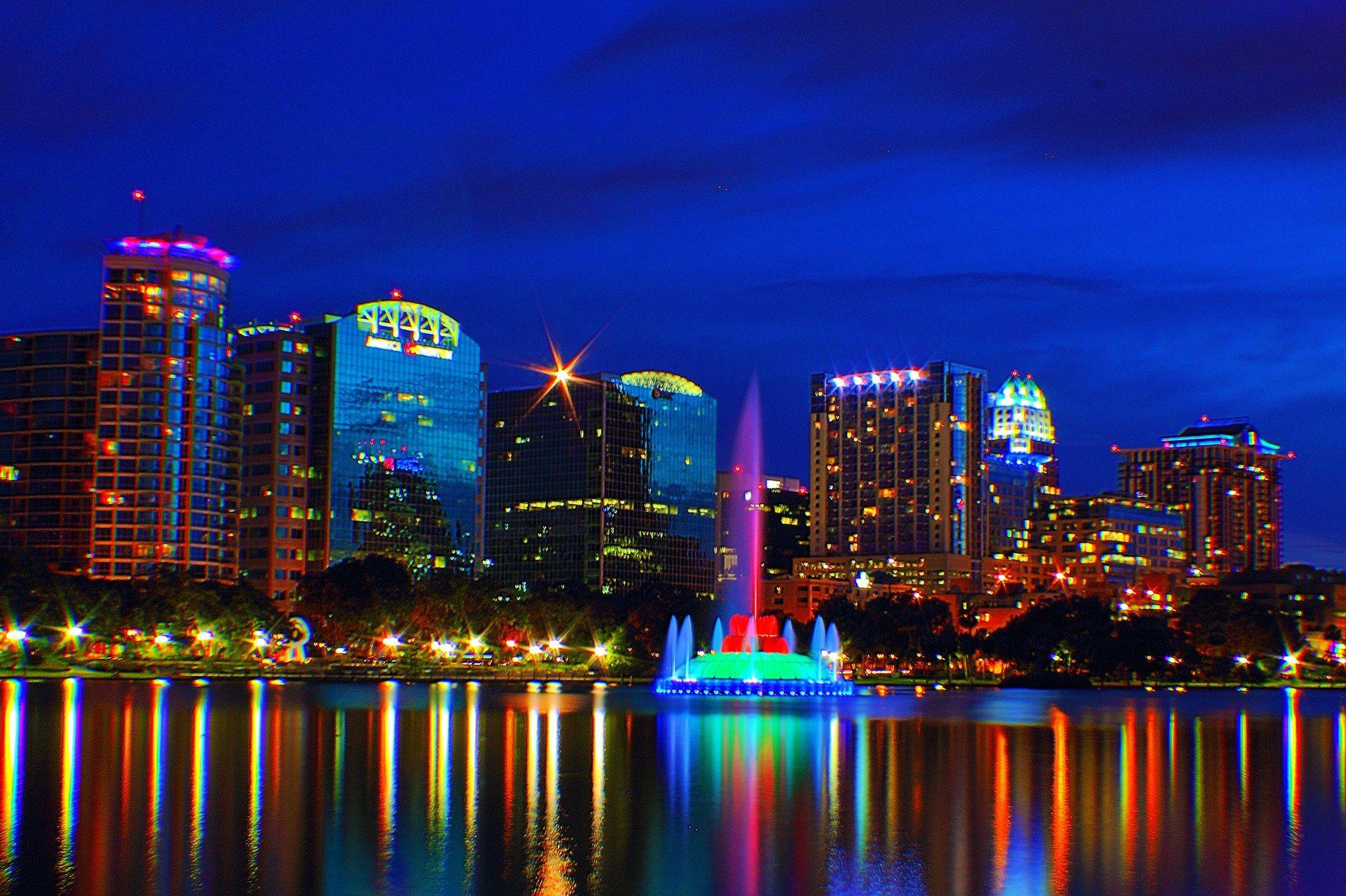 Lake Eola Park in Orlando, FL Lake eola, Lake eola