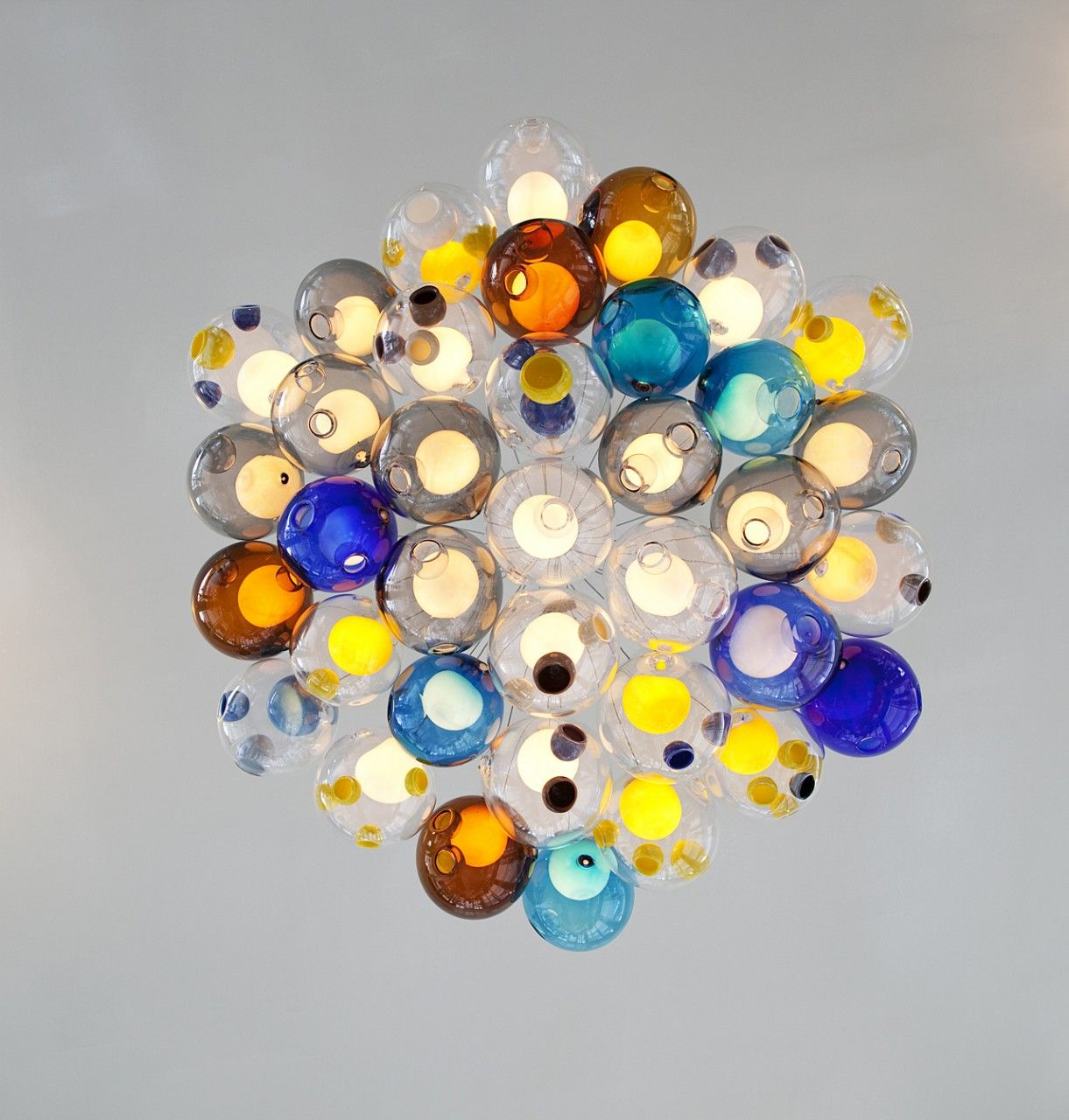 Raum mit lichtern pendant light by canadian designers bocci  connect cobalt and