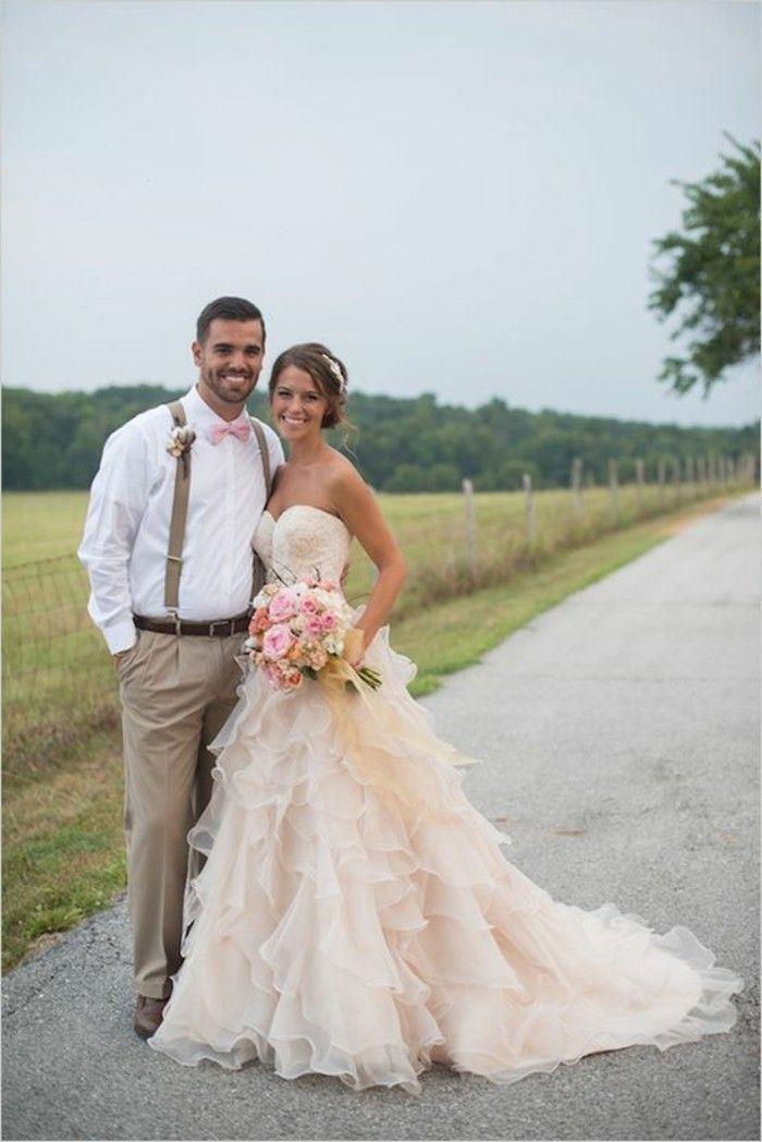 Rosa Brautkleid für einen glamourösen Hochzeits-Look | Wedding and ...