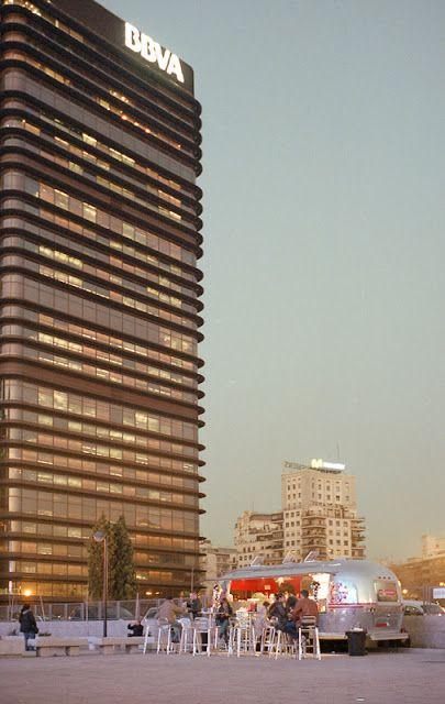 Francisco Javier Saenz De Oiza Banco De Bilbao Bbva Building Madrid 1971 1981 Arscentre Arquitectura Espanola Arquitectura Banco Bilbao