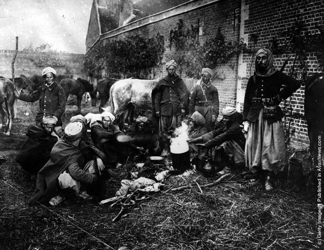 September 1914: Algerian cavalry (the Spahees) camp after the 1st Battle of Aisne