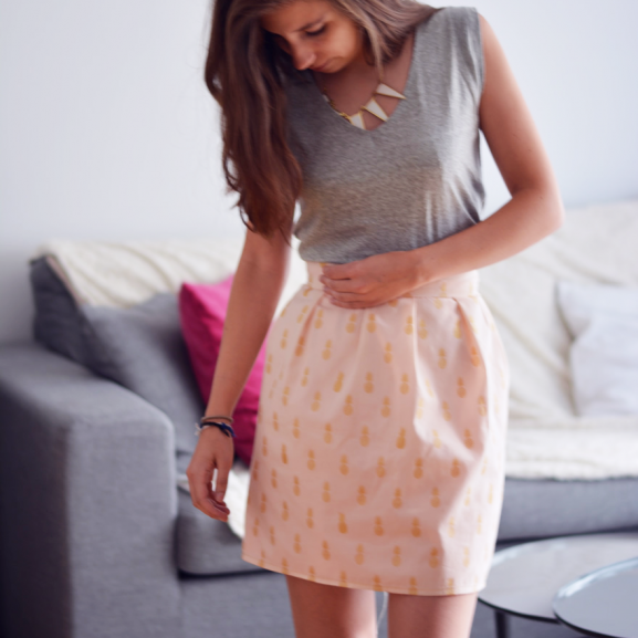 Voici un tuto simple pour coudre une jupe grosses fronces il s 39 agit du mod le qu 39 on a cousu - Poser une fermeture eclair invisible ...