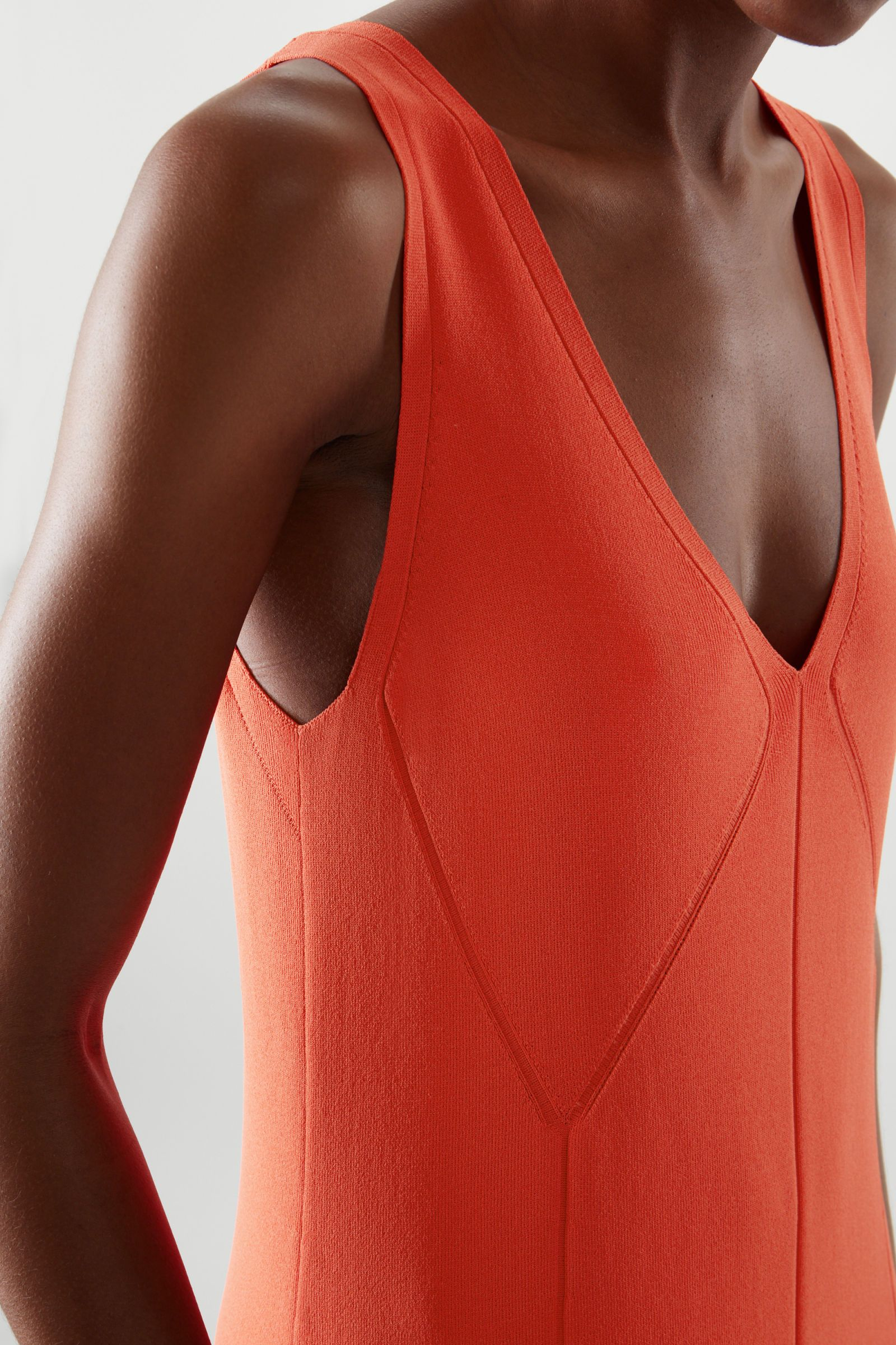 LOW-CUT MAXI DRESS LOW-CUT MAXI DRESS - orange - D
