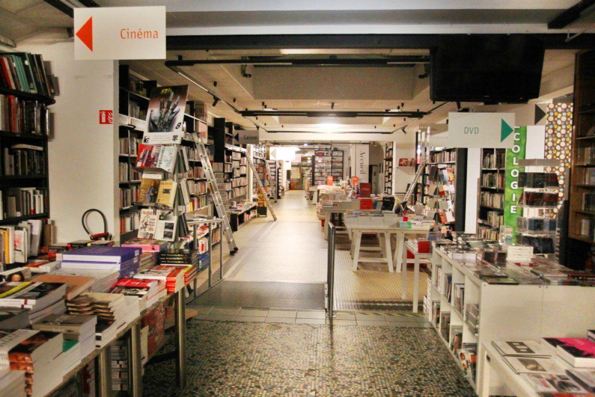 """Résultat de recherche d'images pour """"librairie mollat"""""""