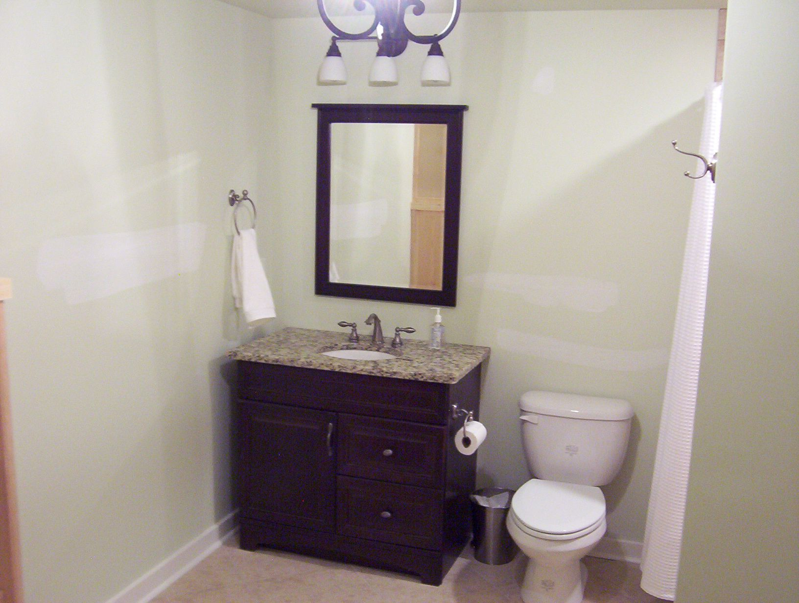Simple bathroom decorations - Simple Bathroom Idea Http Www Kittencarcare Info Simple