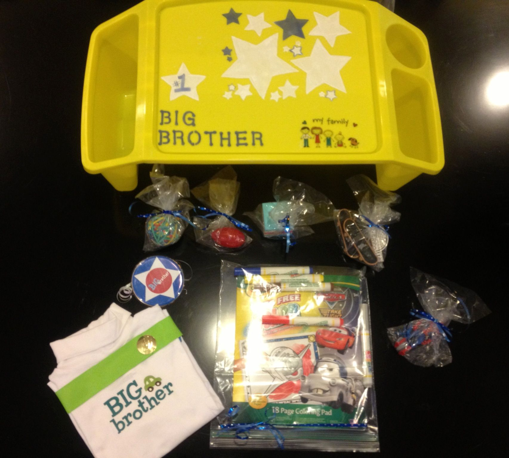Toys For Brothers : Survival kit including big brother shirt and badge