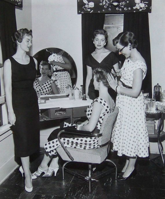 1950s Hair Salon Photo Four Beautiful Women By