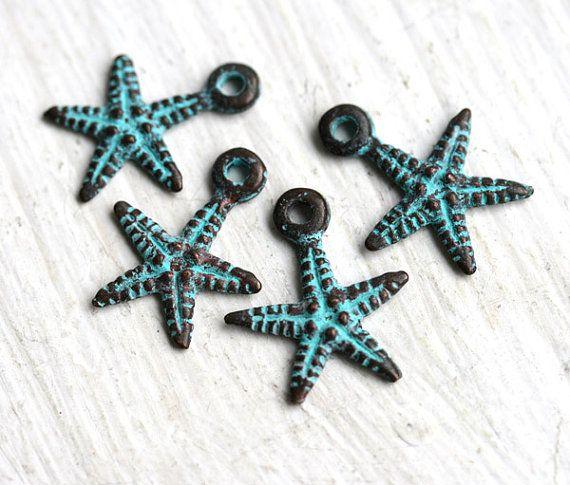 Verkauf Seestern Charme, grüne Patina auf Kupfer, griechische Perlen, Anhänger, Nautik - 18mm - 4ST - F005